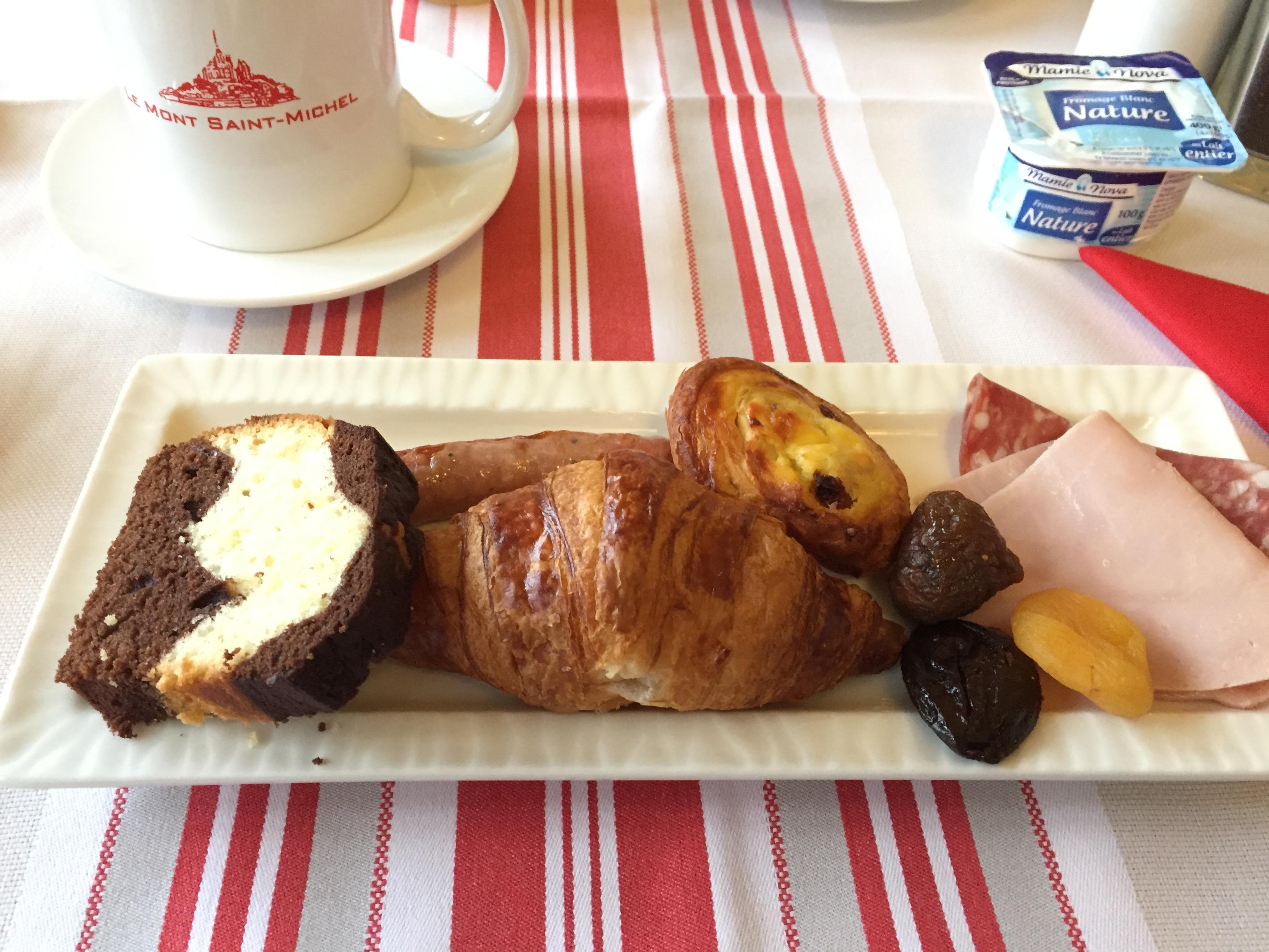 ラ・メール・プラールの朝食
