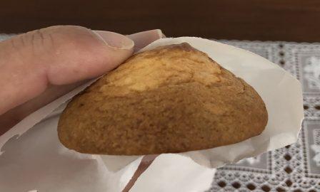 青島で焼き立てのチーズ饅頭が食べれる お菓子の弥五郎